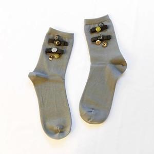 【Yuu-ri】ボタンとリボンの靴下(グレー)