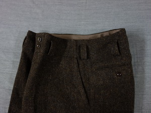 classic shetlandwooltweed trousers / brown