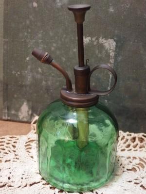 気泡ガラス グリーンのスプレーボトル 香港製