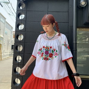 Flower embroidery flare tops