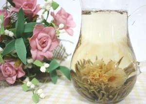 【中国茶・工芸茶 】花咲くお茶 お茶の花 ツバキ 20粒 <ポスト投函送料無料、日時指定不可; 2点以上宅配便送料無料、日時指定可能>