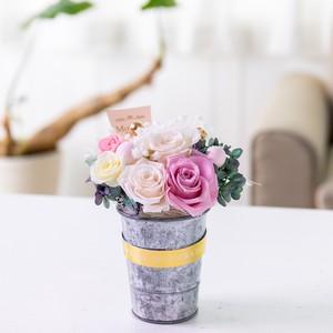 香るプリザーブド  アレンジメント/薔薇がいっぱい/アロマストーン ピック 付き/ピンクのギフト