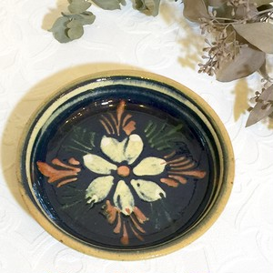 Vintage Handmade Floral Motif European Local Old Pottery Plate [CPV-12]
