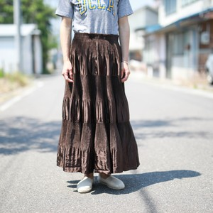 brown pleats skirt