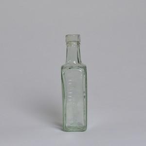 Bottle / ボトル〈花瓶 / フラワーベース / 一輪挿し〉