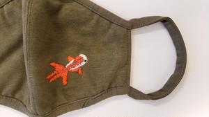 goodwalkin 手刺繍マスク『GOLDFISH』Mサイズ