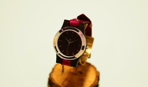 押花薔薇の木製腕時計