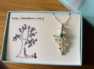 leaf pendant(グリーンアゲート)