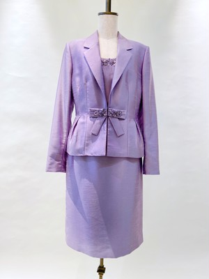 DS-06 TAHARI Suits Lavender