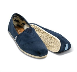 TOMS | Navy Canvas Men's Classics