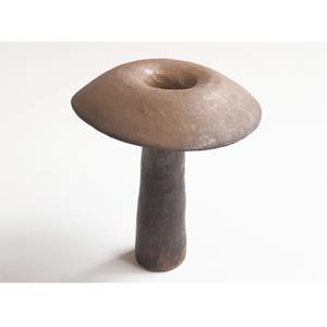 mushroom vase 1 (antiquegold)