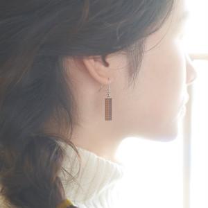 square / スクエア(Pierced Hang)