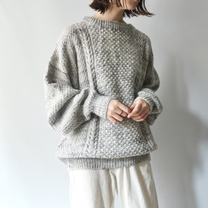 Volume sleeve knit pullover