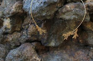 生き還る珊瑚 - チョーカー ゴールド
