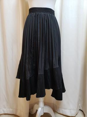 アシンメトリープリーツスカート 黒
