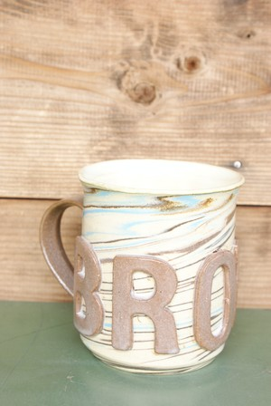"BROWN by 2-tacs ""BROWN MUG"""
