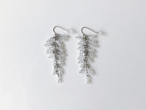 J I U Earring Long Slver+Clear