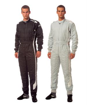 【PUMA MOTORSPORT】プーマ フューチャーキャット レーシングスーツ    ★スピードクリーン30mlプレゼント  条件付き送料無料
