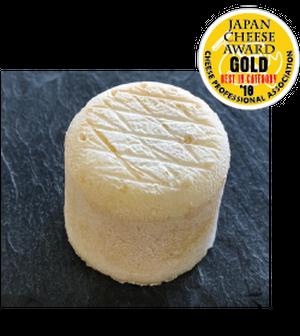 金賞ドームと他2種のチーズセット
