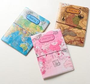 パスポートケース☆世界地図☆【3色展開】