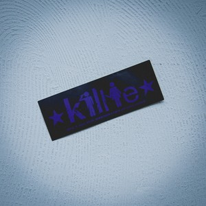 """Killie """"積年の恨みと癇癪により自殺を誘発する"""" ステッカー  紺(耐水タイプ) / sticker ver.1 (Navy)"""