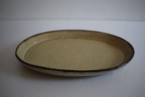 菅野一美|灰釉渕黒足付楕円皿