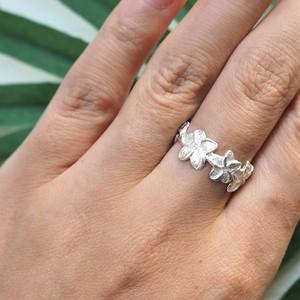 Plumeria White Ring《SILVER925》
