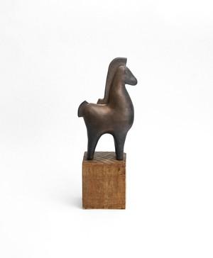 馬 〈低台座〉