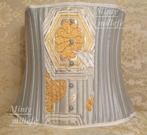 着物帯で作られた豪華ゴージャス着物コルセット銀糸中央タイプkimono corset no7 XSサイズ