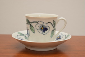 再入荷☆ ロールストランドシルビアコーヒーカップ【RORSTRAND/Sylvia】北欧 食器・雑貨 ヴィンテージ | ALKU