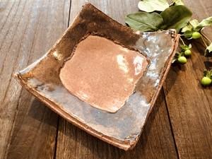 梅釉穴アキ角皿
