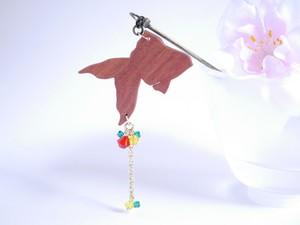 ゆらゆら金魚の簪【お祭りの金魚(紅×菜の花色×新橋色)】