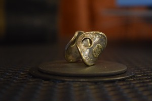 THUMBS UP MARKET original antique KEY RING7