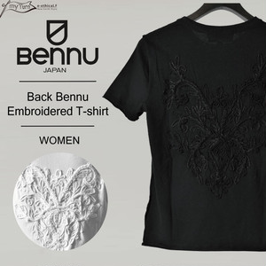 【BENNU】 Back Bennu Embroidered T-shirt/レディース