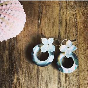 doughnut shell&shell Flower ピアス