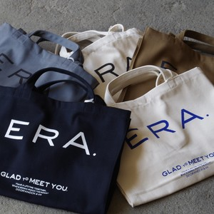 E R A. LOGO BIG TOTE BAG