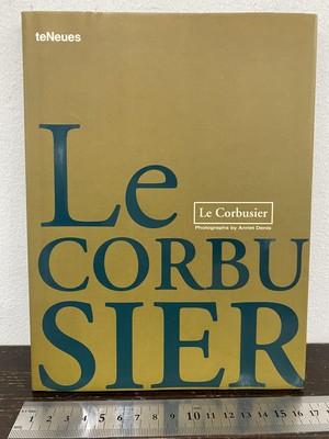 洋書 Le corbusier   photographs by Anriet Denis