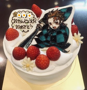 ホールショートケーキ5号サイズ1キャラクターイラスト付き