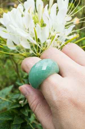 Green quartzite Faceted Ring -001