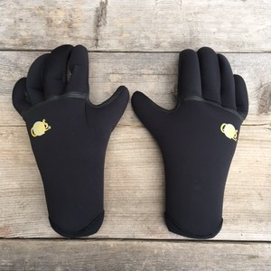 "SURFGRIP ""Q,W,R""5Finger Glove 3/2mm"
