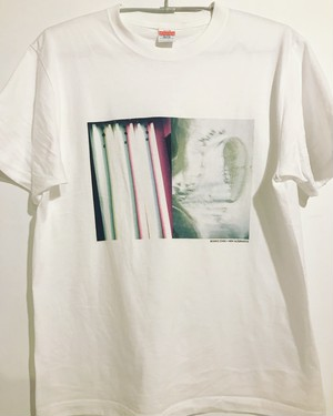 "SAIKO OTAKE × NEW ALTERNATIVE ""SAMPLING#09"" Tシャツ"