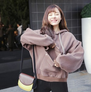 【トップス】ルーズファッション合わせやすい長袖フード付きパーカー