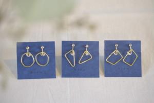 bico maru sankaku sikaku earring