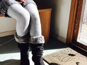 (再入荷)綿由来の炭素繊維を使用し奈良の靴下工場で丹念に編んだ冷え取りリブタイツ