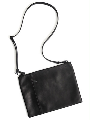 Leather shoulder bag 'grande poche' sacoche サコッシュ 174ABG14