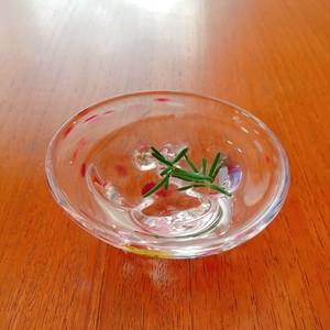 ガラス工房 Well hands. 小皿 小鉢 豆皿 薬味皿 小物入れ ガラス 三つ足 水玉 ドット カラフル ピンク系 ウェルハンズ ガラス作家 WH-006