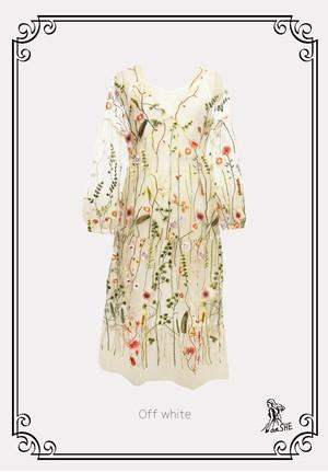【完売御礼】Embroidered Tulle Dress / フラワー刺繍入りチュールワンピース