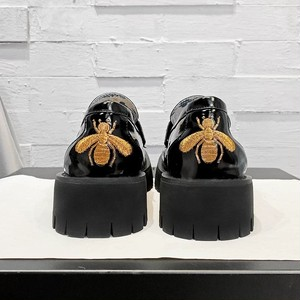 bee design loafers