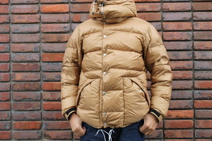 CAL O LINE × NANGA / CLASSIC PINANACLE DOWN JACKET