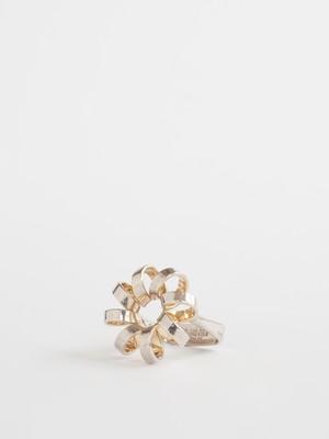 Flower Ring /  Anna Greta Eker